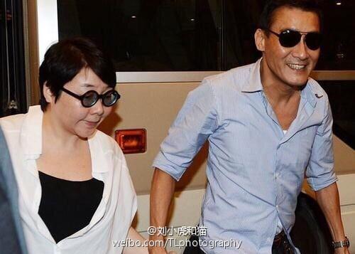 Điệp viên 007, Ảnh đế Hong Kong: Triệu mỹ nữ thèm khát nhưng gạt bỏ tất cả, hạnh phúc bên vợ béo, bị chê xấu xí