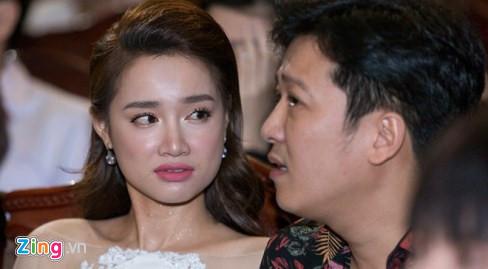 Chị gái Nhã Phương: Tôi ủng hộ Trường Giang cầu hôn trên sân khấu