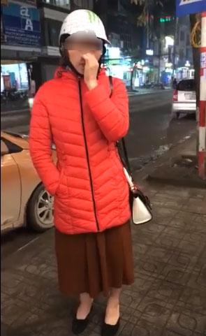Người phụ nữ bị bắt quả tang tại trận khi ăn trộm điện thoại ở Thái Nguyên