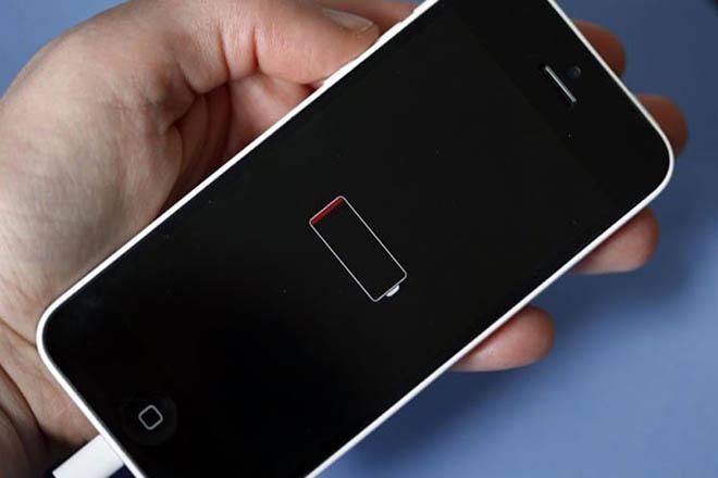 CẢNH BÁO: Sau 18 tháng, pin iPhone X, 8 và 8 Plus sẽ bị hao mòn