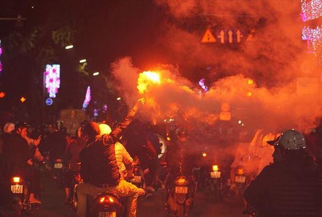 2.000 CSGT, CSCĐ Hà Nội trực xuyên đêm chống đua xe
