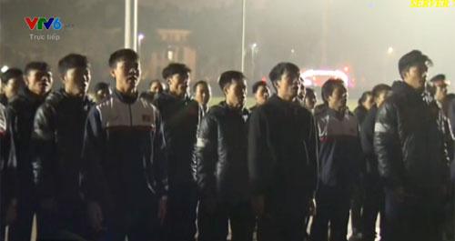 (LIVE) Thủ tướng đón U23 muộn hơn 4 tiếng so với kế hoạch