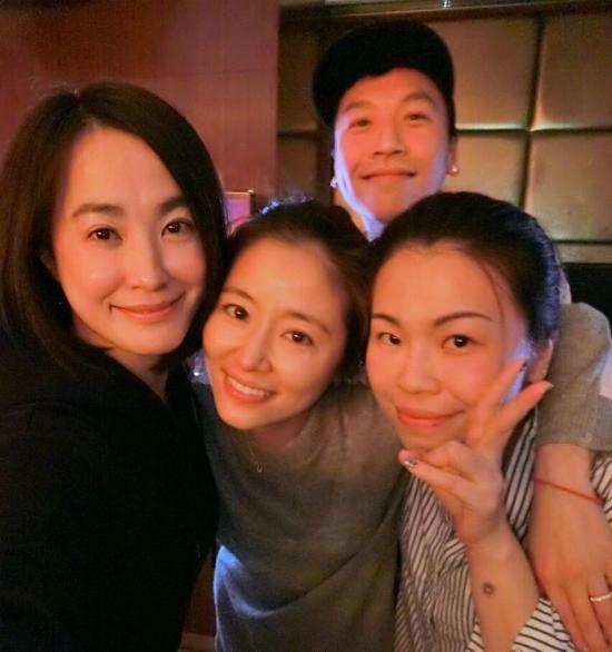 Lâm Tâm Như đón sinh nhật bên chồng