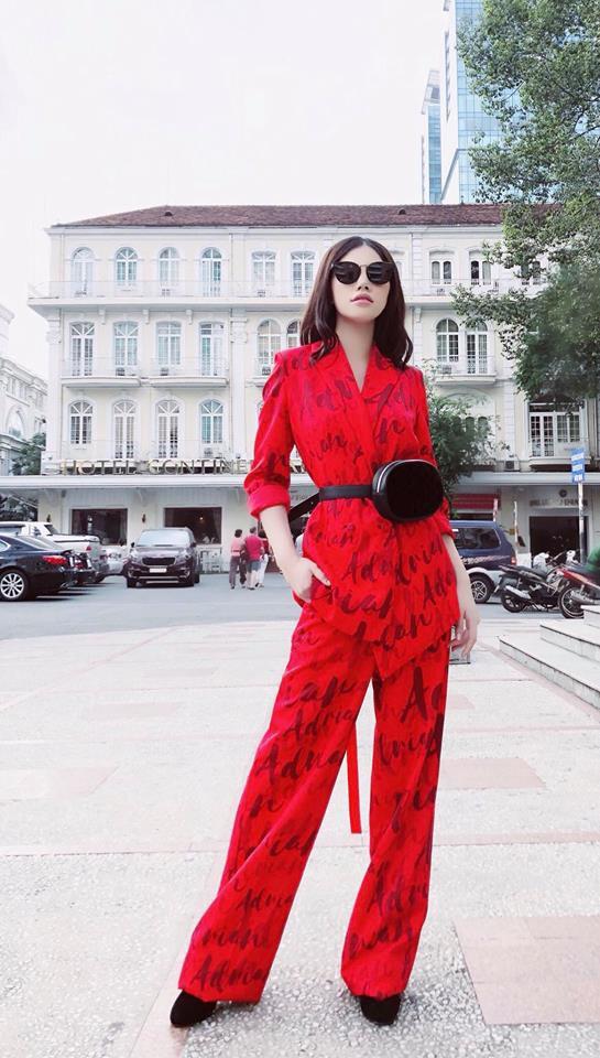 Nhìn Hà Tăng, Jolie Nguyễn... diện street style sắc đỏ mà chợt nhận ra: Tết đã về gần lắm rồi đây!