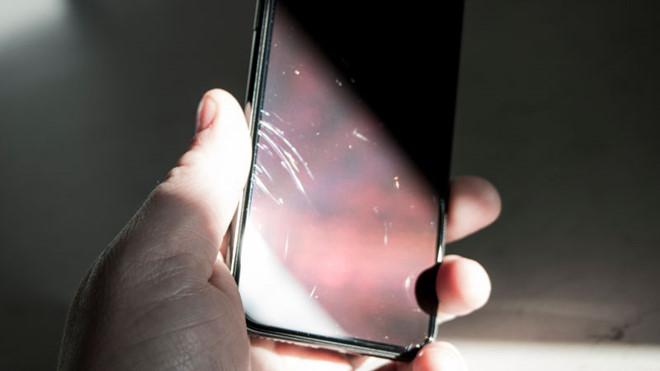 iPhone X của tôi dễ bị trầy xước đến mức khó hiểu