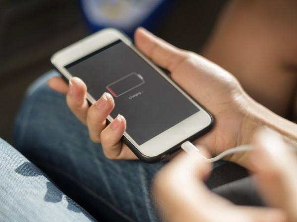 Tất cả chúng ta đã sạc smartphone sai cả rồi, cập nhật lại thói quen ngay thôi