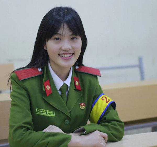 Nữ sinh viên Cảnh sát 5 tốt Hà Kiều Trang