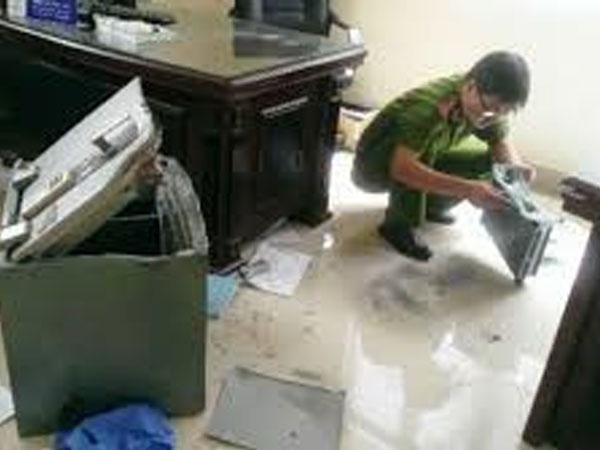 Đại gia Sài Gòn bị trộm viếng nhà trước Tết