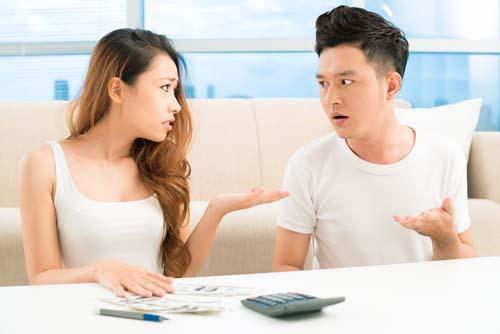 Lấy chồng Hà Nội, nàng dâu khổ sở vì phải dấm dúi tiền biếu Tết nhà ngoại