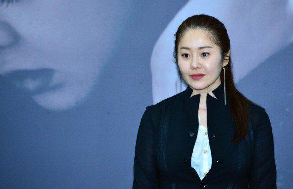 Á hậu béo của Hàn Quốc bất ngờ bị tố đánh đạo diễn, quát mắng nhân viên phim trường