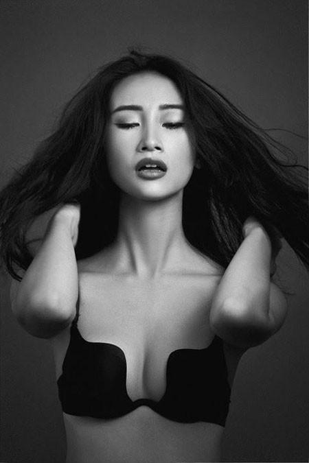 Sau nửa năm ở ẩn, người mẫu Trang Khiếu bất ngờ tiết lộ đã sinh con trai