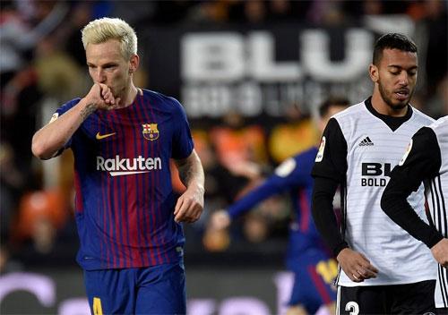 Coutinho lập công đầu, đưa Barca vào chung kết Cup Nhà vua