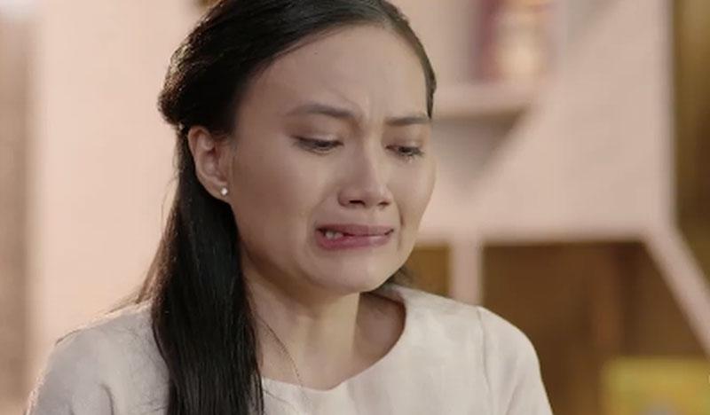 Nước mắt con gái lấy chồng xa đêm giao thừa