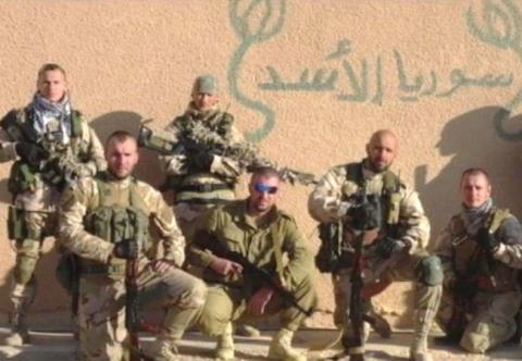 Sốc: Mỹ không kích nhầm, giết chết 300 lính Nga?