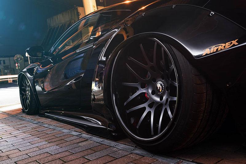 Honda NSX - xe thể thao đường phố phong cách chiến đấu cơ