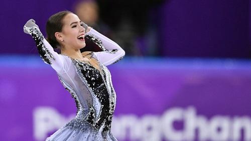 Nữ VĐV 15 tuổi người Nga lập kỷ lục thế giới môn trượt băng nghệ thuật