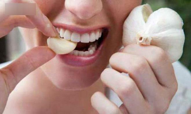 Tỏi rất tốt nhưng mỗi ngày bạn được phép ăn mấy tép: Đừng tưởng ăn càng nhiều càng bổ!