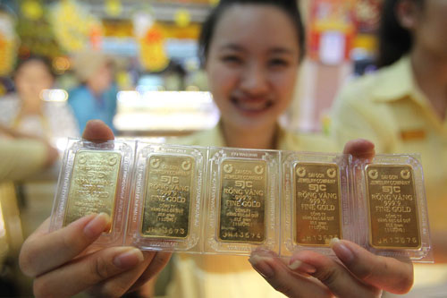 Những rủi ro cần tránh khi mua vàng ngày Thần Tài
