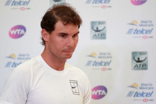 Ác mộng chấn thương: Nadal bỏ Acapulco, lỡ dịp soán ngôi Federer