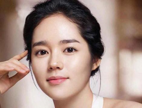 7 đặc điểm trên gương mặt hé lộ người phụ nữ có số hưởng, phước lành, may mắn cả đời