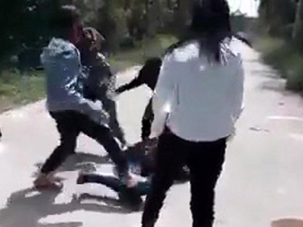 Bị đâm thấu bụng vì đứng ngoài chỉ đòn cho bạn gái đánh nhau