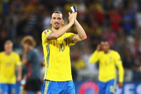 Ibrahimovic bỏ ngỏ khả năng tái xuất tại World Cup 2018