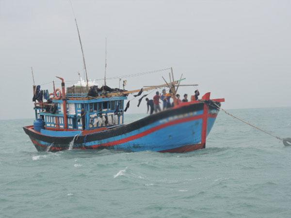 Bảy người trên tàu cá ở miền Tây mất liên lạc bất thường