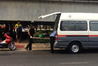 Người đàn ông gục chết dưới gầm cầu ở Sài Gòn