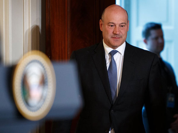 Bất đồng với Trump, cố vấn kinh tế hàng đầu Nhà Trắng từ chức