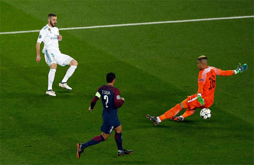Thắng PSG lần thứ hai, Real thẳng tiến vào tứ kết