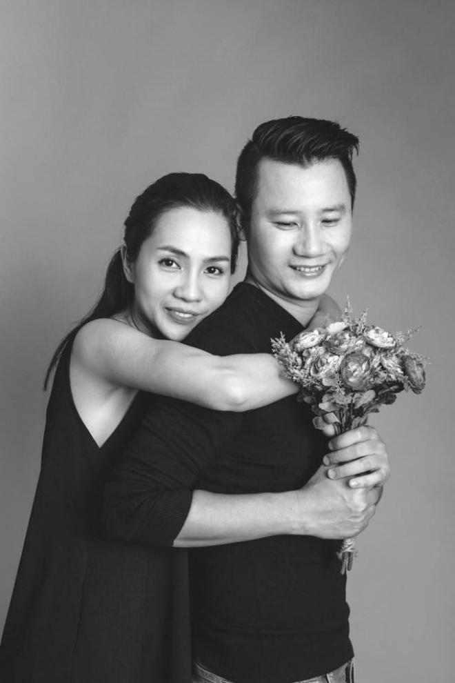 Hoàng Bách tiết lộ về người mẹ đặc biệt: Mẹ vợ rất tin tưởng, thương tôi như con ruột