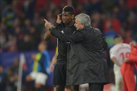 M.U ra tối hậu thư cho các phản thần của Mourinho