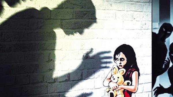 Phó khoa tâm lý mách quy tắc 5 báo động nhận biết kẻ ấu dâm, mẹ cần dạy con ngay