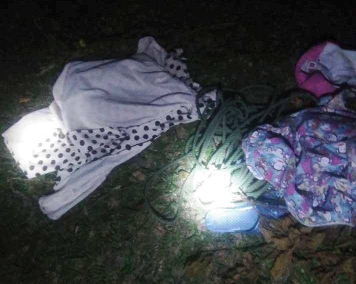 Huế: Tìm kiếm bé gái 11 tuổi mất tích bí ẩn, phát hiện quần áo gần bãi rác