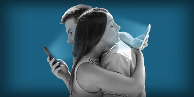 NÓNG: Khoa học chứng minh dùng nhiều smartphone khiến não lười hoạt động