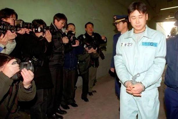 Sau 19 năm vụ án sao nam Hàn được hé lộ: Đi tù để ngăn clip nóng của bạn gái bị phán tán?