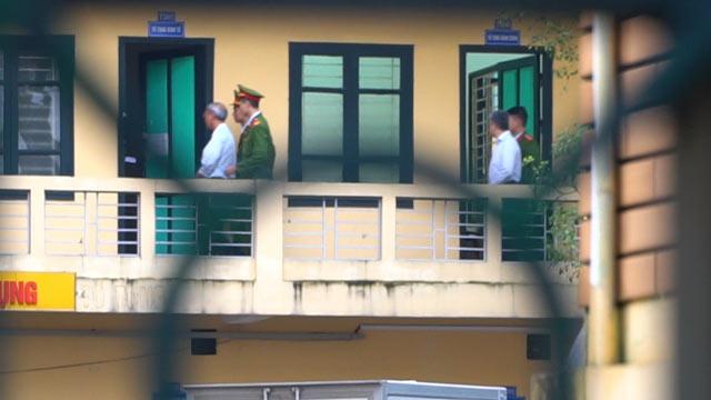 Những hình ảnh đầu tiên của ông Đinh La Thăng tại phiên tòa thứ 2