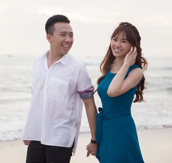 Kỷ niệm 800 ngày yêu nhau, Trấn Thành chỉ nói một câu đã khiến Hari Won cười tít mắt