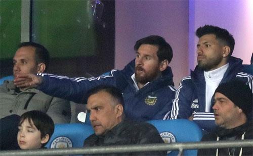Argentina thắng Italy 2-0 trong ngày Messi và Aguero ngồi ngoài