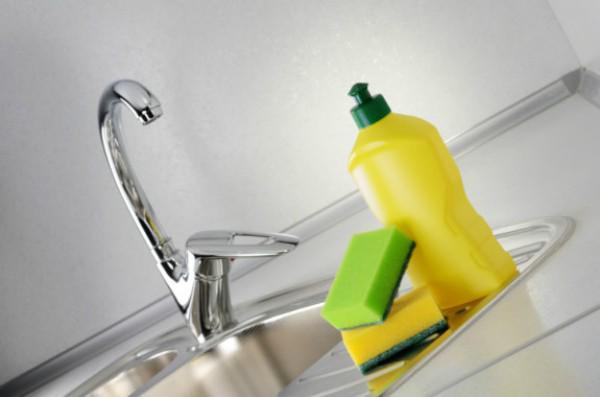 Kể cả được cọ rửa thường xuyên thì đây vẫn là những đồ vật bẩn nhất trong nhà