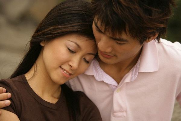 Cãi lời cha mẹ để lấy chồng nghèo, giờ đây sướng khổ cũng chẳng dám hé răng