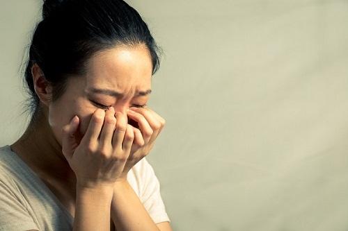 Khi mẹ bị người ta đánh ghen, tôi mới hiểu được sức chịu đựng và sự hi sinh của bố