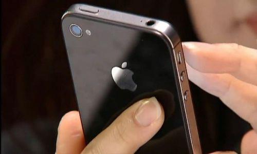 Apple bị kiện hàng loạt vì làm chậm iPhone