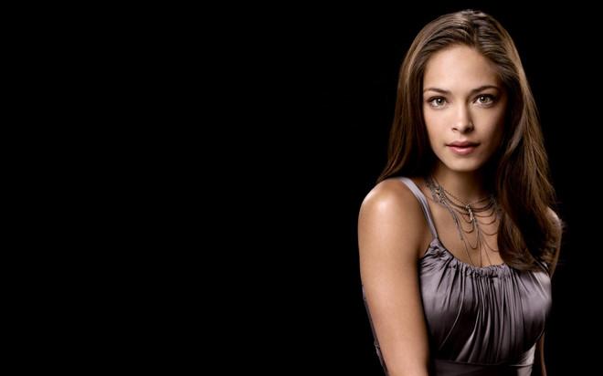 Kiều nữ 'Smallville' bị tố tuyển nô lệ tình dục cho giáo phái