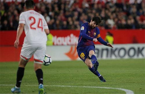Ghi hai bàn trong năm phút cuối, Barca thoát thua trước Sevilla