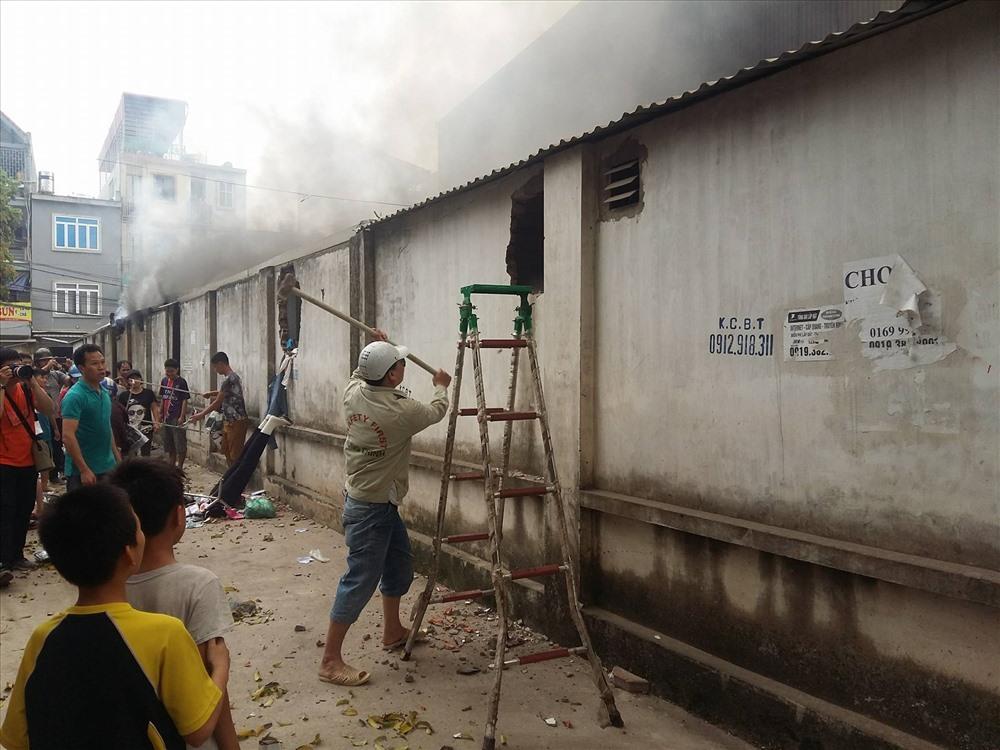 Nạn nhân vụ cháy chợ Quang: Chỉ chậm vài tích tắc thôi, em đã thành ngọn đuốc sống