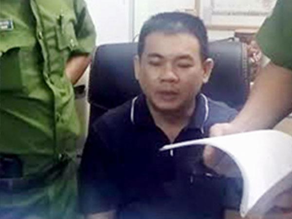 Hàng loạt người bị lừa chạy việc vào Tân Sơn Nhất như thế nào