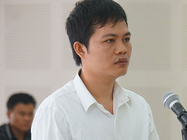 Lĩnh 12 năm tù vì lừa chạy việc vào cơ quan Nhà nước