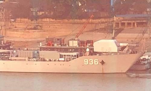 Mẫu pháo điện từ trên tàu chiến bị nghi là đòn gió của Trung Quốc