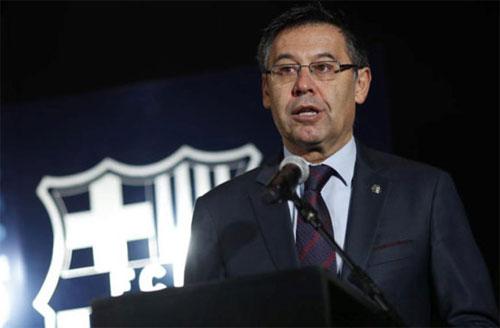 Chủ tịch Barca: Chúc mừng Roma, chúng tôi đáng bị loại